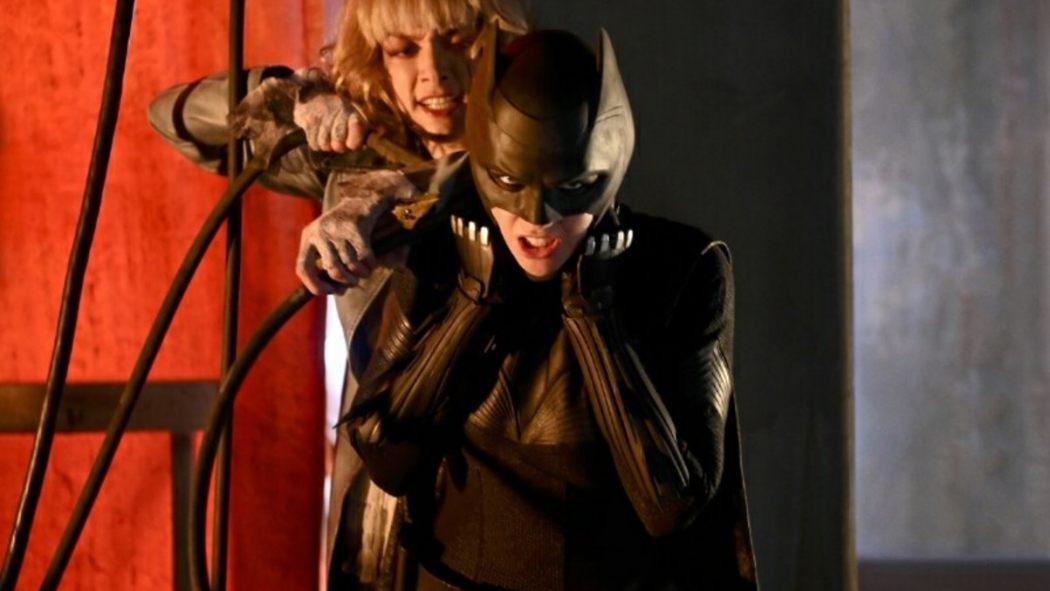 "BATWOMAN 1.01 Review ""Pilot"""