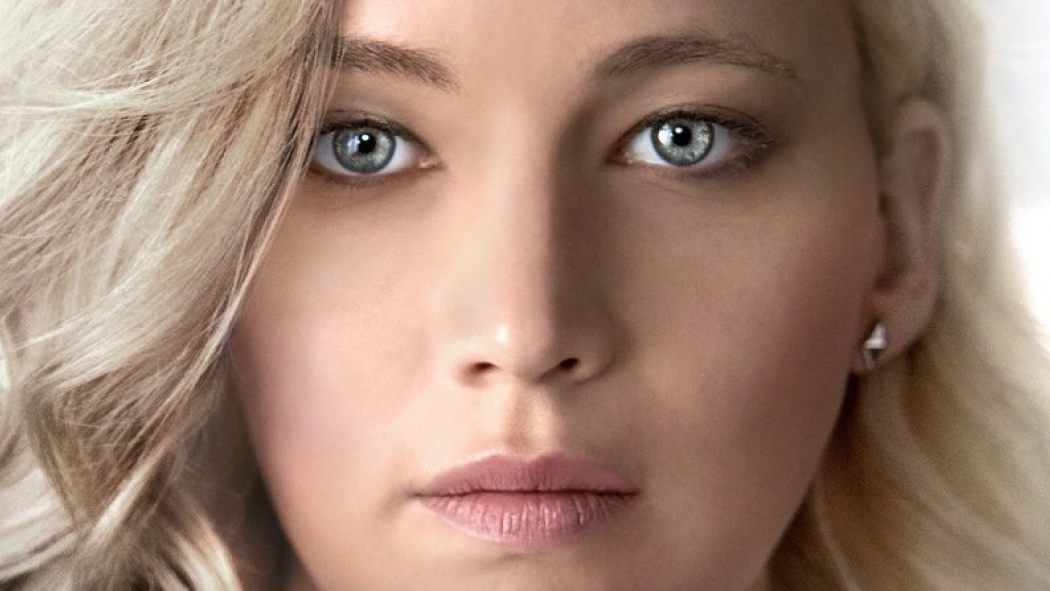 Jennifer Lawrence And Chris Pratt Sci-Fi Romance PASSENGERS Gets A Creepy Poster